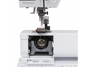 Компьютерная швейная машина Bernina 330