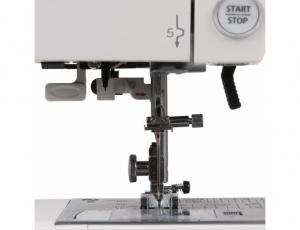 Компьютерная швейная машина Janome DC 6030