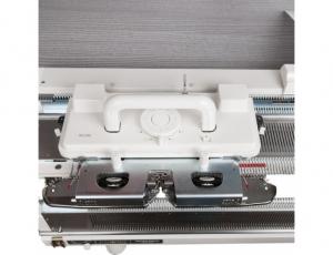 Однофонтурная вязальная машина Silver Reed SK 280
