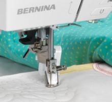 Швейно-вышивальная машина Bernina 720 с вышивальным модулем